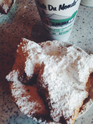 Beignets Cafe Du Monde | Scones in the Sky